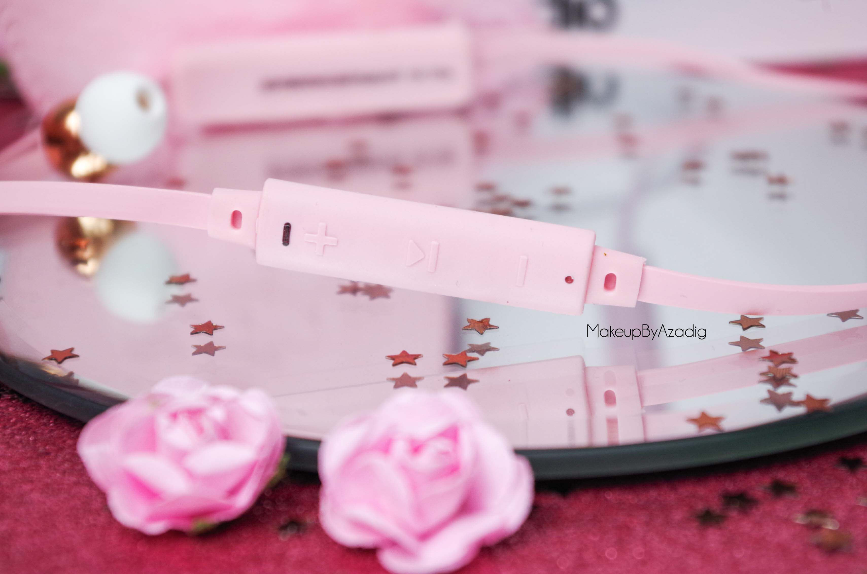 ecouteurs-casque-sans-fil-bluetooth-design-tendance-sudio-sweden-rose-vasa-bla-makeupbyazadig-avis-prix-rose