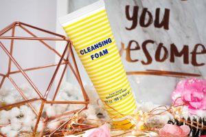 Le nettoyant visage « Cleansing Foam » de DHC.