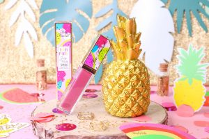 Brillant à lèvres gloss « Juicy Fruits » Tutti Frutti de TOO FACED