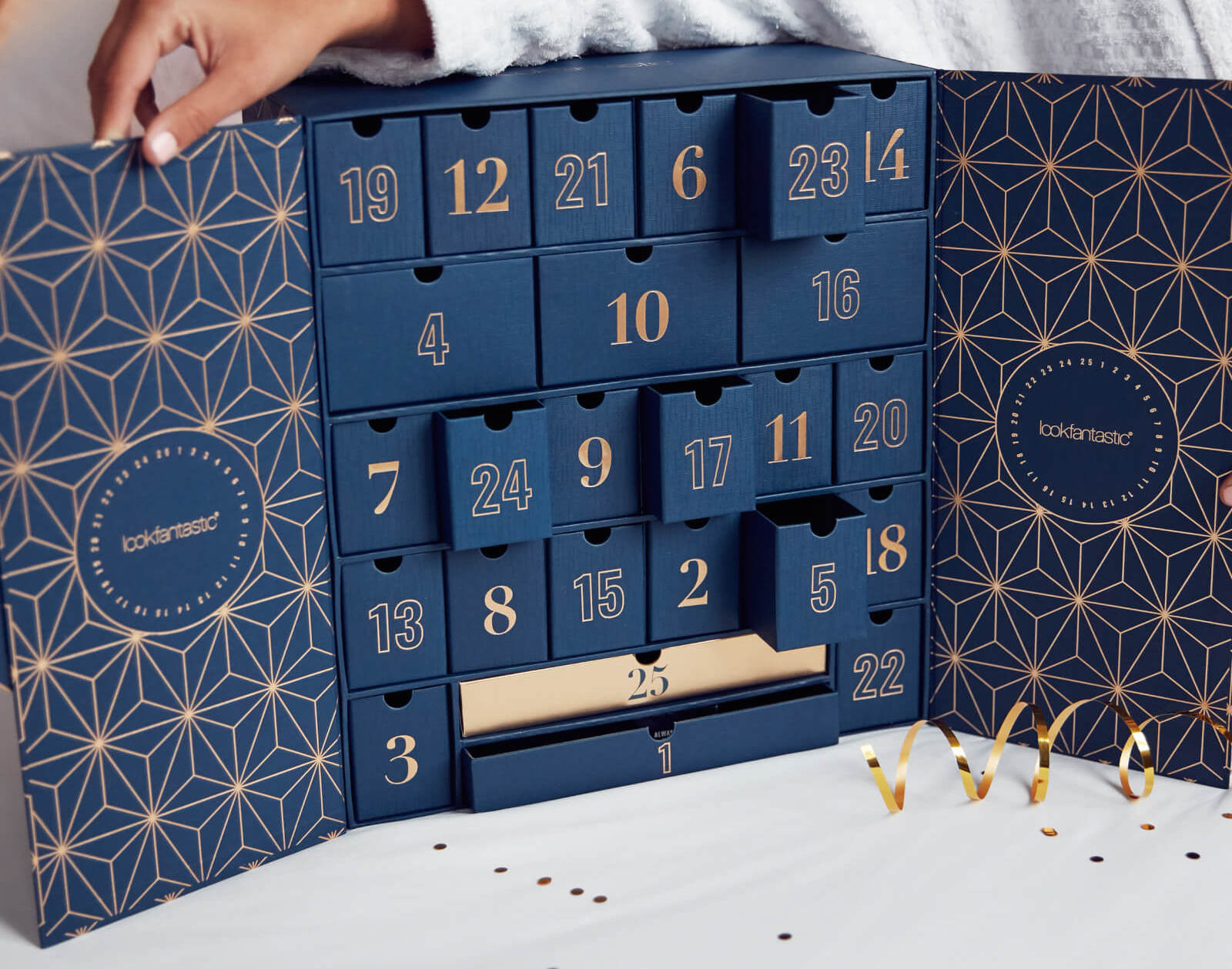 revue-liste-meilleurs-calendriers-avent-beaute-2019-makeupbyazadig-lookfantastic-troyes